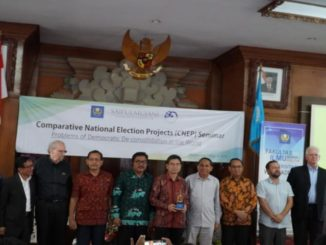 Unwar-Kerjasama-dengan-Saiful-Mujani-Research-Centre-menggelar-Comparative-National-Election-Project-Seminar_337990